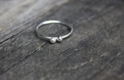 argentium skinny 2 peas ring  (7)