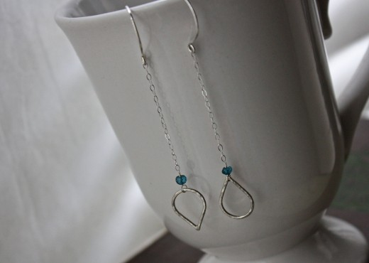 aaa mystic london blue TOPAZ hammered teardrop earrings3